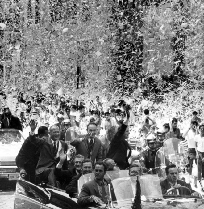 Apollo 1 parade Broadway © Dan Farrell / NY Daily News