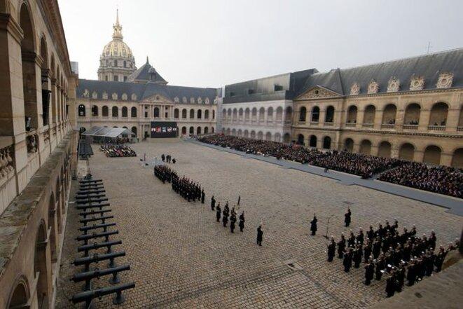 Hommage national aux victimes, vendredi aux Invalides. © Reuters