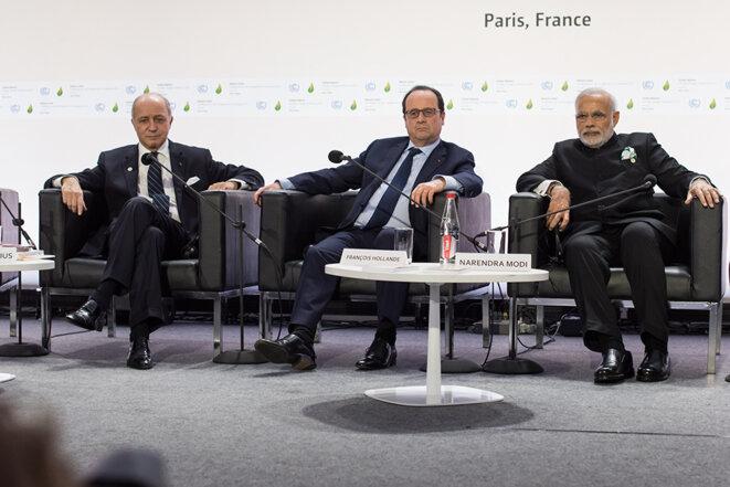 Laurent Fabius, François Hollande et le premier ministre indien Narendra Modi © Jean de Peña
