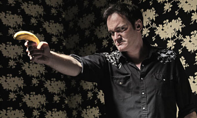 "Quentin Tarantino brandissant une banane (""First as farce, then as tragedy"" ?)"