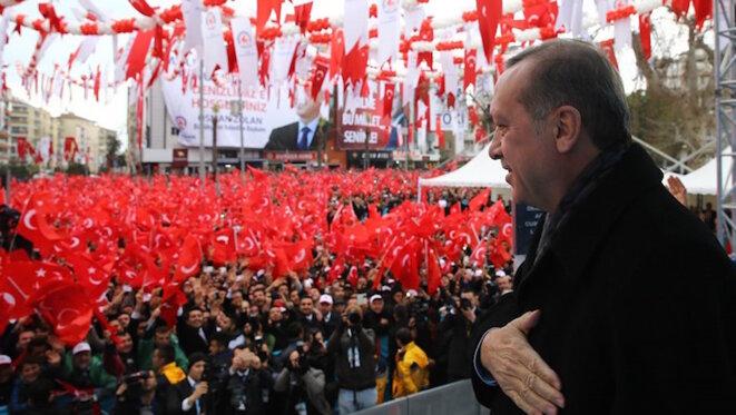 Erdogan devant ses admirateurs © Présidence Turque