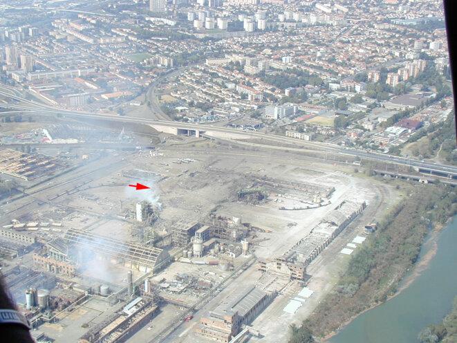 azf-2001-09-21-13h15-photo-aerienne-gendarmerie-nord-ouest