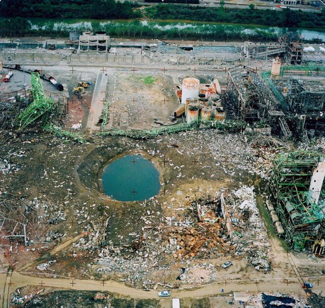 azf-2001-09-24-cratere-garonne