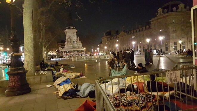 Retour à l'ombre pour les réfugiés de République ? © Pascal Joube