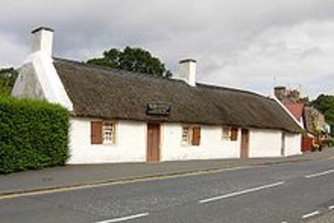 The Burns Cottage in Alloway, Ayrshire © The Dumfries and Galloway Museum