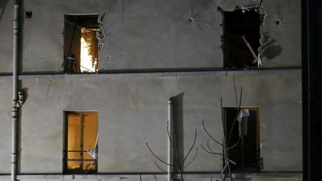 L'immeuble de Saint-Denis après l'assaut du RAID du 18 novembre 2015 © Reuters