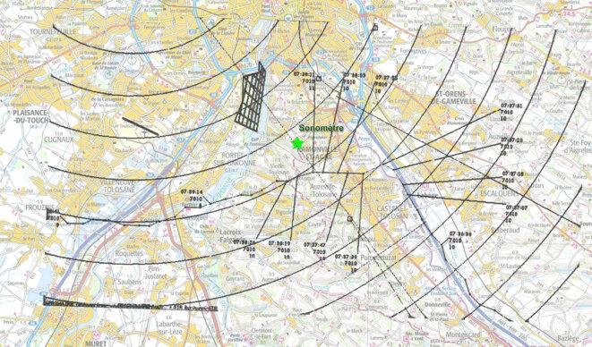 trace-de-l-aeronef-inconnu-de-09h40