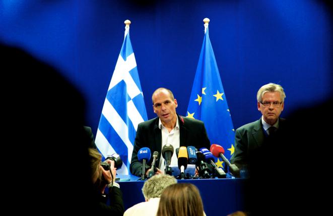 Yanis Varoufakis lors d'une conférence de presse à la sortie d'un Eurogroupe à Bruxelles © Reuters / 2015.