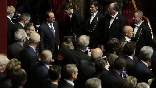 François Hollande llega al Congreso el 16 de noviembre de 2015. © Reuters