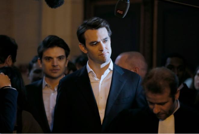 Pierre-Dimitri Gore-Coty et Thibaud Simphal arrivent au TGI de Paris, le 11 février. © © Reuters - Gonzalo Fuentes