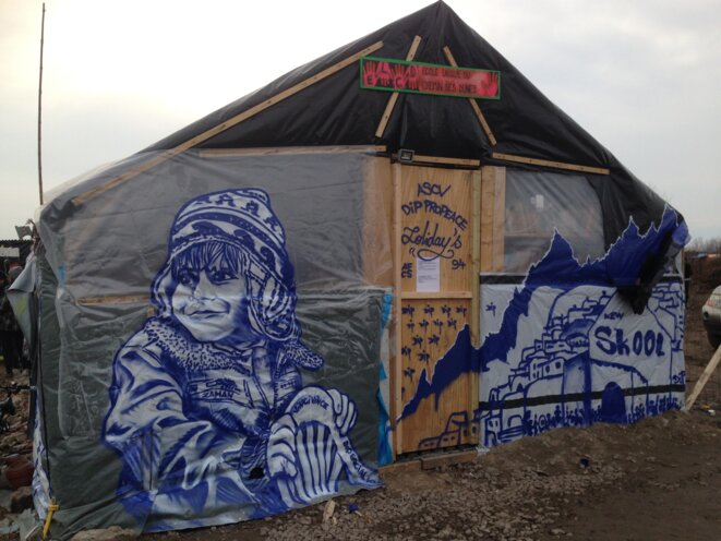 Ecole du Chemin des Dunes, zone sud de la Jungle de Calais, Février 2016 © Sébastien Thiéry