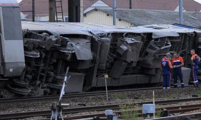 Le déraillement de Brétigny a fait sept morts et une trentaine de blessés le 12 juillet 2013 © Reuters