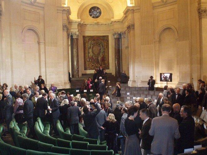 La Coupole, où se réunissent les académiciens lors des séances publiques.