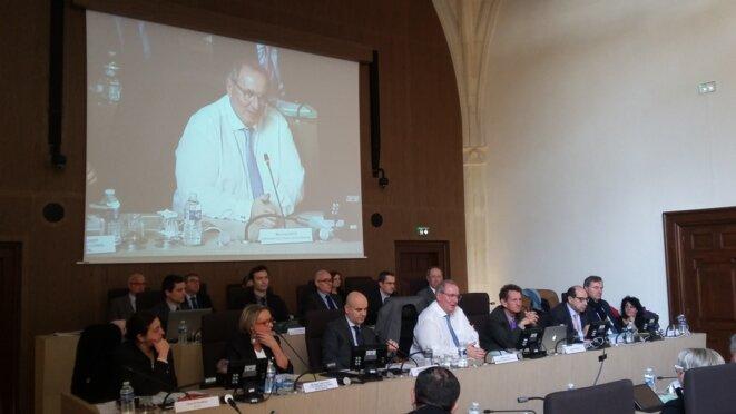 Maurice Leroy, et à sa gauche Michel Klopfer lors du débat d'orientations budgétaires le 29 février © F. Sabourin