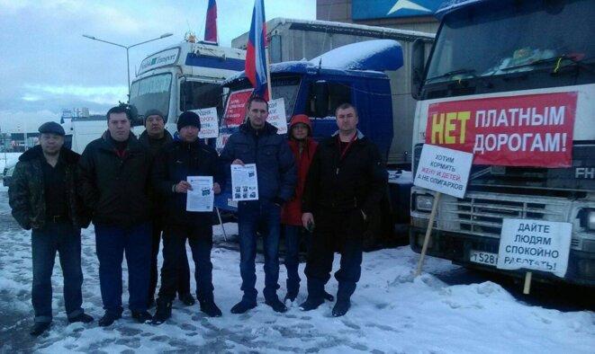 Le camp de coordination © Camionneurs russes