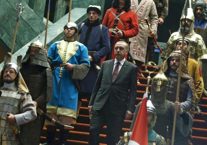 erdogan-et-sa-garde-prertorienne-ottomane