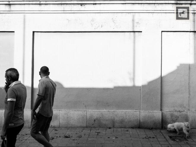 Scène de rue à Valence © Vladimir Slonska-Malvaud
