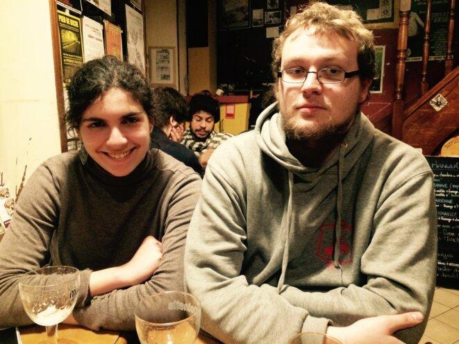Elissar et Tristan au café citoyen © FZ