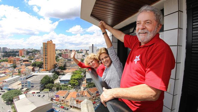 La présidente Dilma Rousseff et l'ancien président Lula, dans son appartement de São Bernardo do Campo © Ricardo Stuckert /Institut Lula