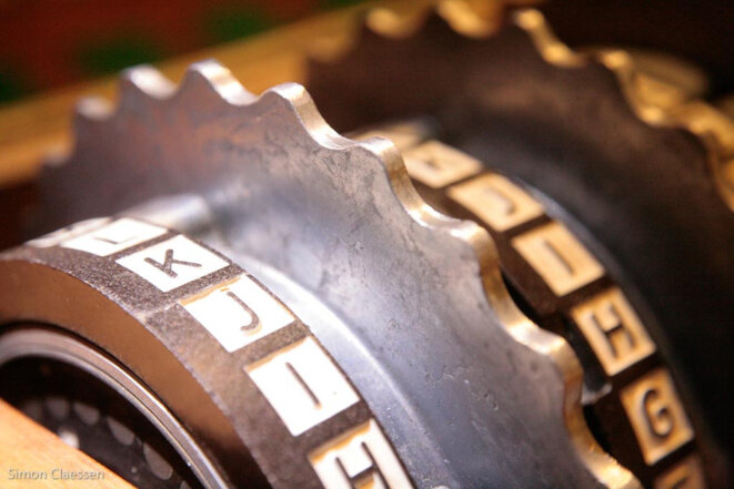 Crypto rings © Simon Claessen