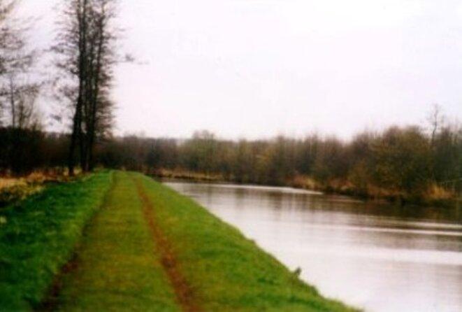 Le canal du Cambrésis près d'Ors