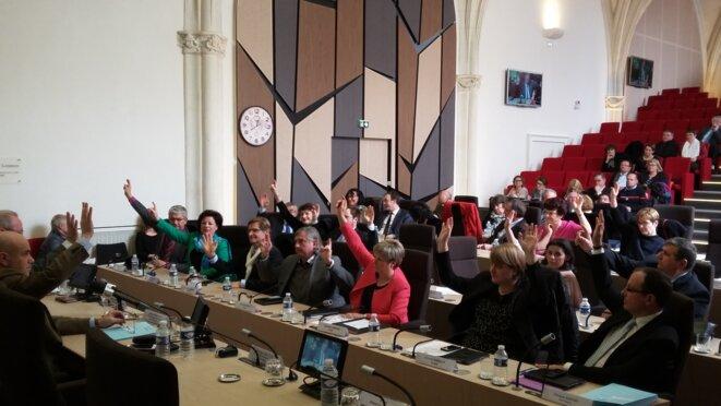 Le budget primitif de 403,798 M€ est adopté à la majorité du président Maurice Leroy. © F. Sabourin