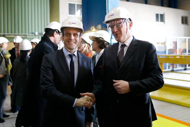 Emmanuel Macron, then economy minister, and EDF boss Jean-Bernard Lévy at a nuclear power station at Civaux, near Poitiers, March 17th, 2016. © Reuters