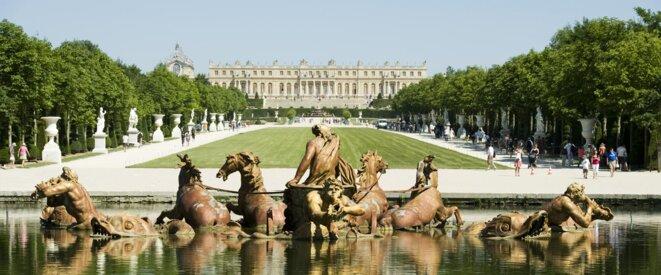 chateau-de-versailles-1680x700