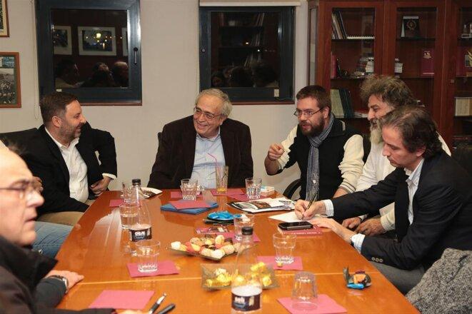 L'actuel ministre de la culture, Aristides Baltas, avec à droite de la photo, son directeur de cabinet, Panagiotis Douros.