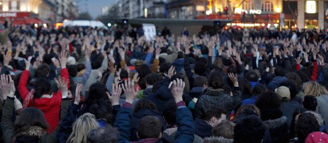 Dans la soirée du 8 avril, place de la République à Paris. © Reuters.