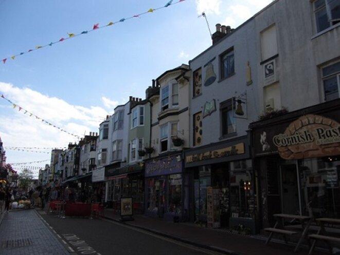 Chariry Shop, rue commerçante de Brighton © A. A.