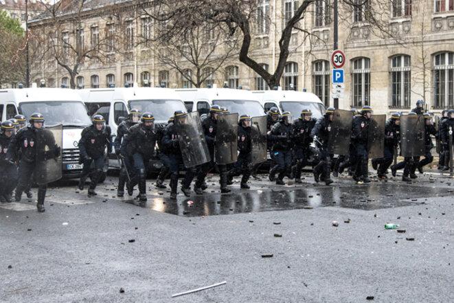 Manifestation parisienne du 17 avril 2016. © Jérôme Chobeaux