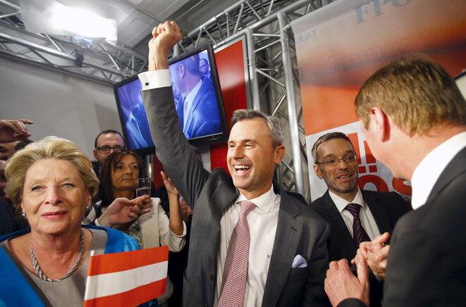 Norbert Hofer, candidato del FPÖ para las presidenciales, la noche de la primera vuelta. © Reuters