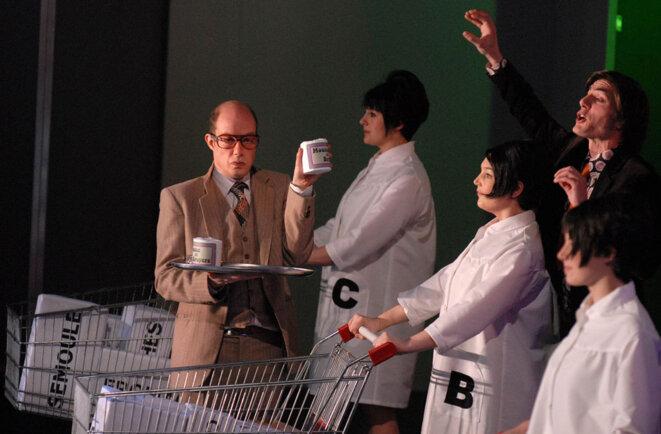 « Par-dessus bord », pièce de Michel Vinaver mise en scène au TNP de Villeurbanne par Christian Schiaretti (2008)
