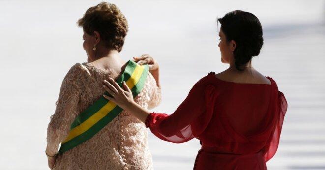 Dilma Rousseff, accompagnée de sa fille lors de son investiture, en janvier 2015.