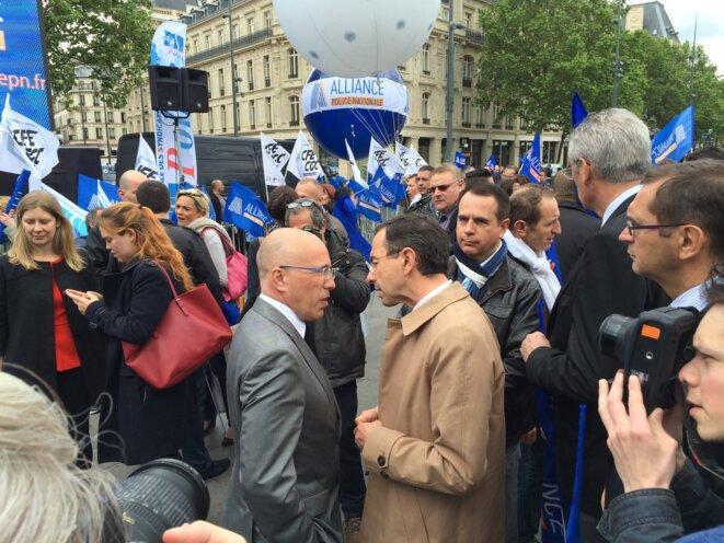 Eric Ciotti et Bruno Retailleau au rassemblement des policiers. © KL