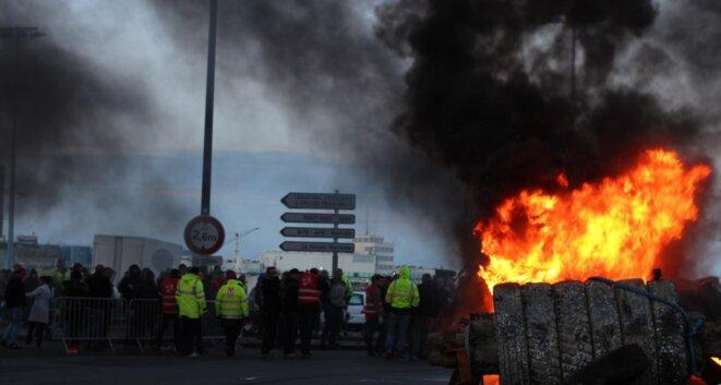 Blocage du port, au Havre, contre la loi sur le travail, le 19 mai 2016 © MG