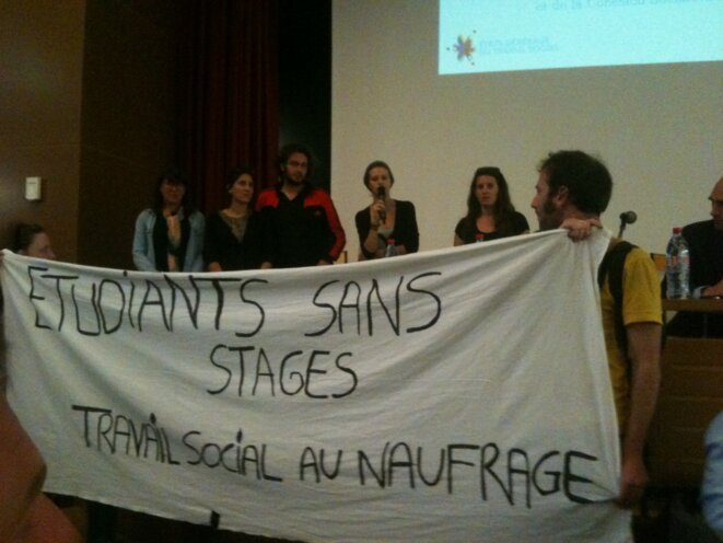 Manifestation des étudiants en travail social lors des EGTS en Midi-Pyrénées, juin 2014 [Ph. YF]