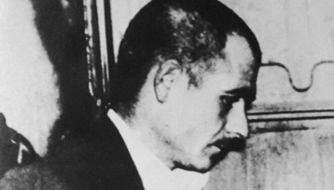 Fernand Iveton arrivant à son procès, après la torture © DR
