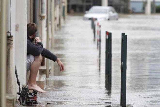 Rue inondée à Montargis (Loiret), le 1er juin 2016 © Reuters/Christian Hartmann