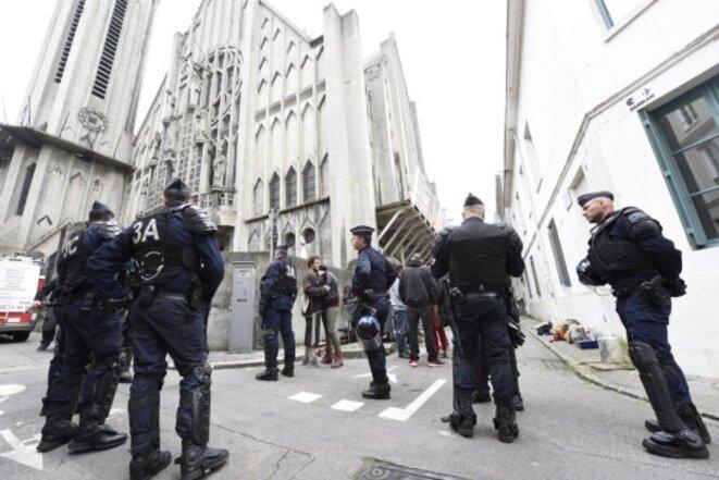 Evacuation de Saint-Nicaise © Stéphanie Péron