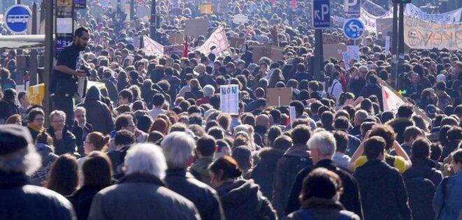 Manifestation le 17 mars © la parisienne libérée