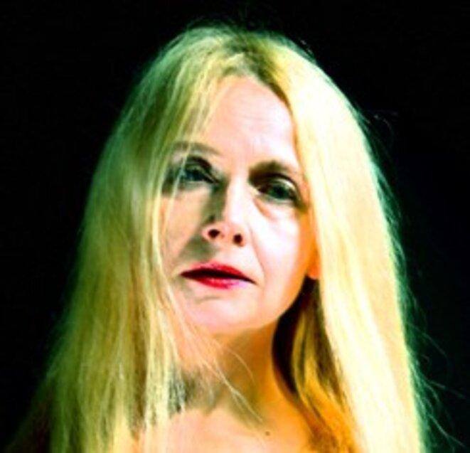 Elizabeth Czerczuk, en quête d'une réalité théâtrale augmentée (Crédit photo : Joseph Kruzel)