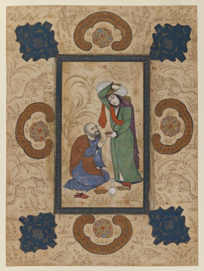 Femme servant du vin à un sage, miniature datant de 1650, sous règne safavide. Quatre lettres figurent au-dessous de la bouteille de vin (à déchiffrer). Brooklyn Museum.