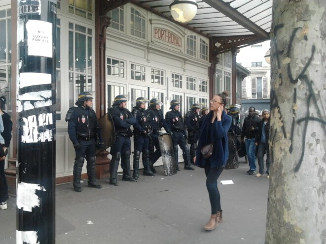 Verrouillage des bouches de métro © Jérôme FRAISSE