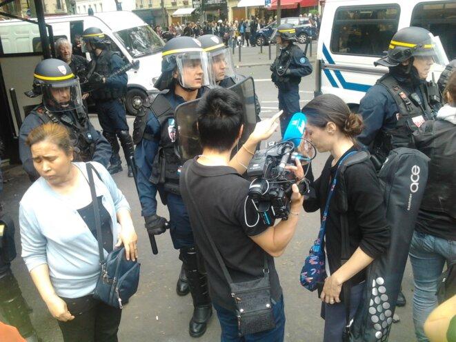 Négociations sans succès pour quitter la manifestation © Jérôme FRAISSE