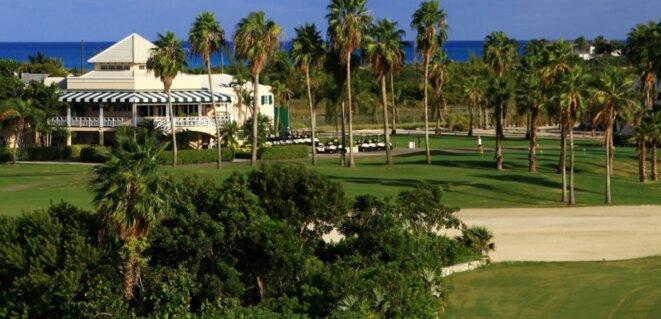 Le Provo Golf Club de l'île de Providenciales est l'un des premiers investissements de l'émir Hamad al-Thani dans l'archipel des Turks-et-Caïcos © DR