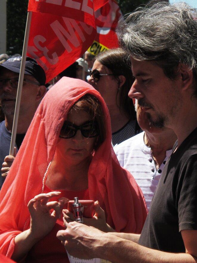 madonna en rouge © LE Garcia