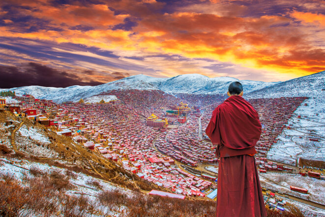 sichuan-province-seda-county-larung-gar-buddhist-academy-winter