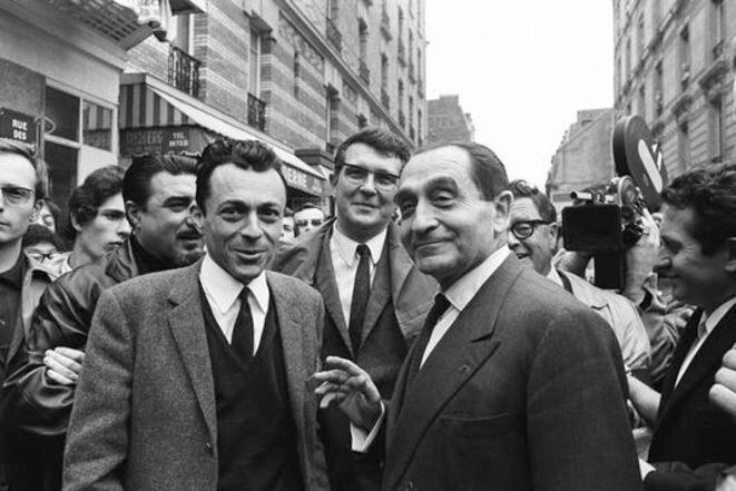 Michel Rocard et Pierre Mendès France, à Paris, le 27 mai 1968. © Gamma